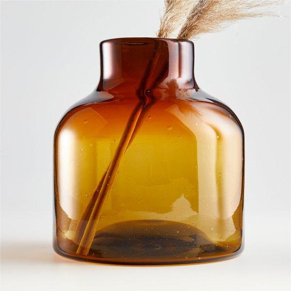 poe-large-amber-glass-vase (1)