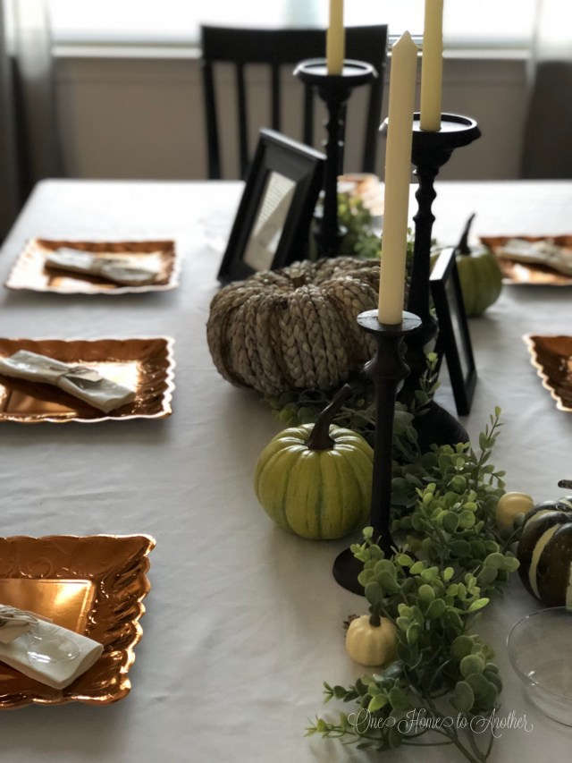 Quick and Easy Thanksgiving Table Place Setting