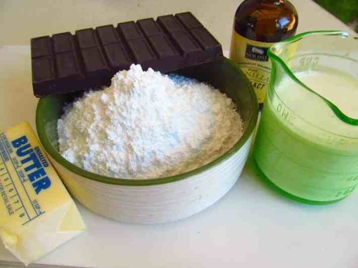 Chocolate-Frosting-Ingredients