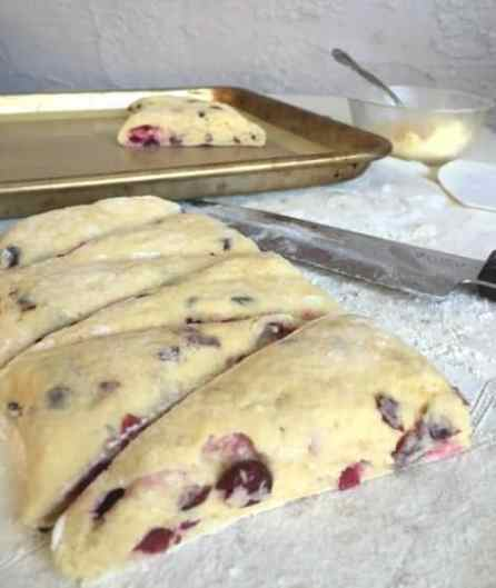 scones-on-pan
