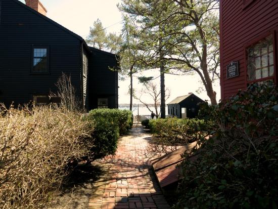 house of the 7 gables salem Massachusetts brick path