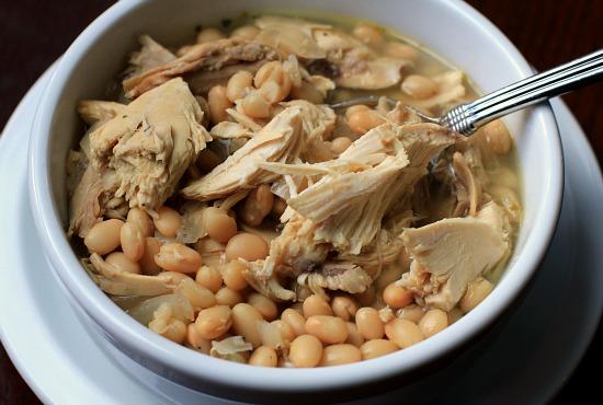 Easy-Crock-Pot-Meals-White-Bean-Chicken-Chili-Recipe