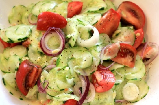 Easy-Summer-Salad-Recipes-–-Cucumber-Tomato-Salad