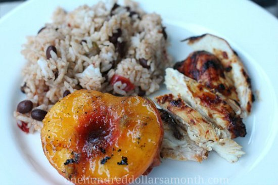 dinner-plate-grilled-peaches