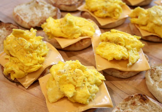 Freezer Meals - Egg and Cheese English Muffins