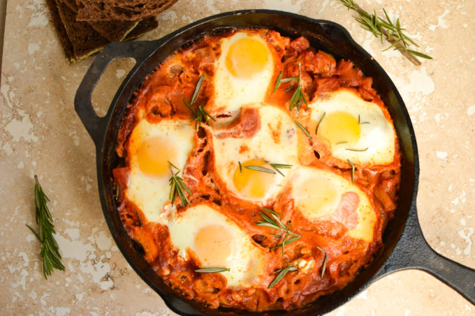 Easy Baked Shakshuka with Fennel and Goat Cheese