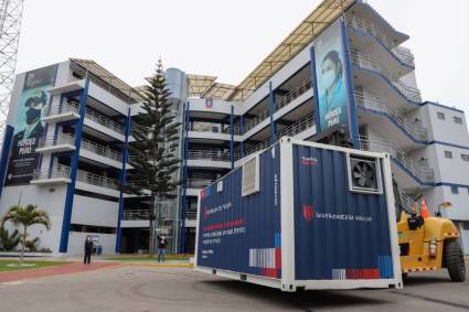 La Universidad César Vallejo (UCV) instala plantas de oxígeno para atender emergencias de Lima, Trujillo y Piura.