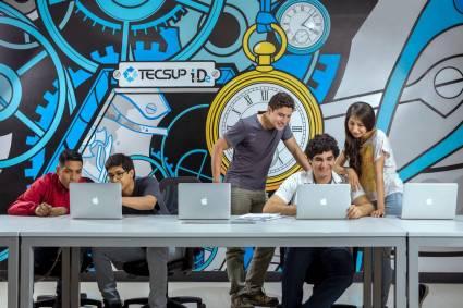 Tecsup Perú se integra a academias Huawei