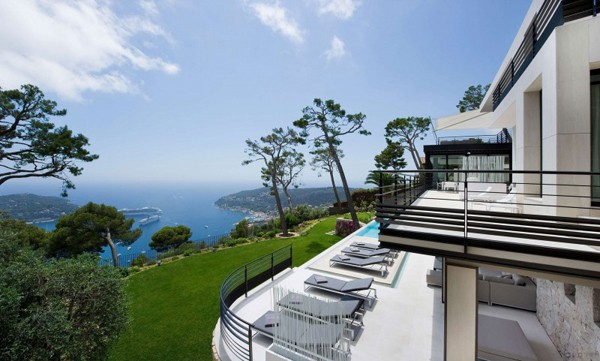 featured posts image for Sensational holiday retreat on the French Riviera: Villa Baie