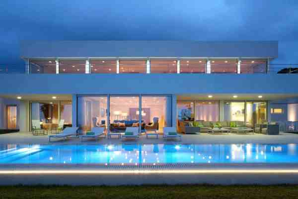 featured posts image for Contemporary home has mesmerizing Mediterranean coastal views
