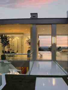 Modern Hollywood Hills Dream Home With Rooftop Entertainment Deck - Hollywood-hills-architectural-masterpiece