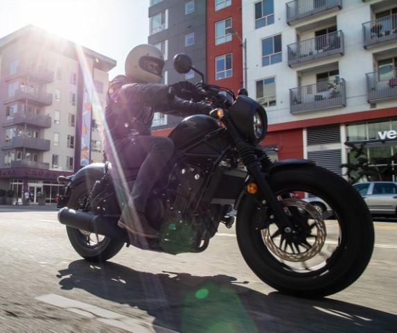 oneland salon moto quebec montreal HONDA REBEL 500