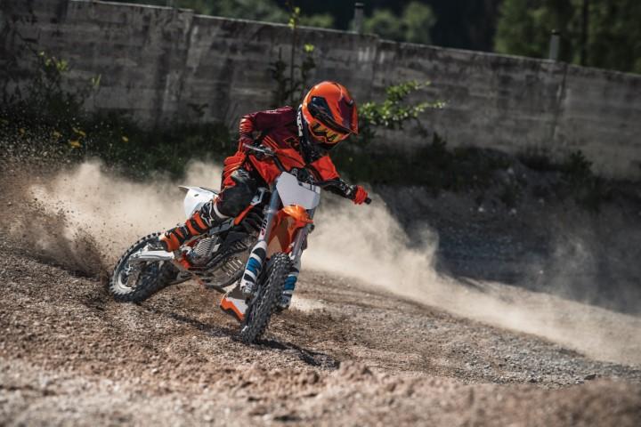 salon moto oneland montreal quebec KTM SX-E 5