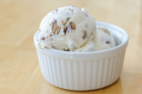 50+ Best Ice Cream Recipes - Butter Pecan Ice Cream
