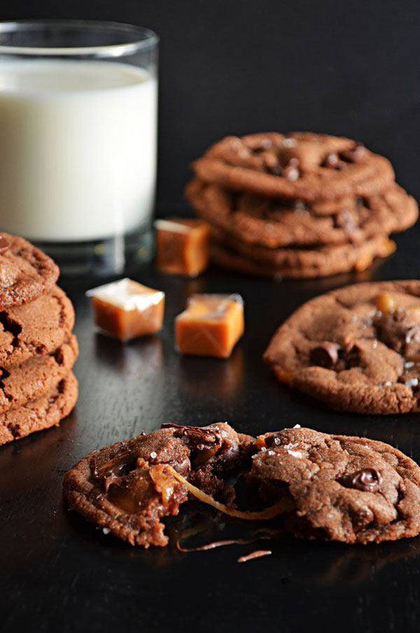 50+ Best Cookie Recipes - Salted and Malted Nutella Caramel Cookies