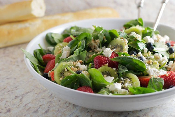 50+ Best Kiwi Recipes - Spinach Salad with Kiwi and Goat Cheese