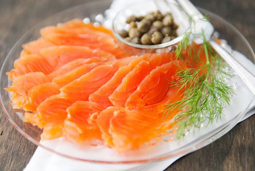 30+ Foods You Can Make Yourself - Homemade Salmon Lox