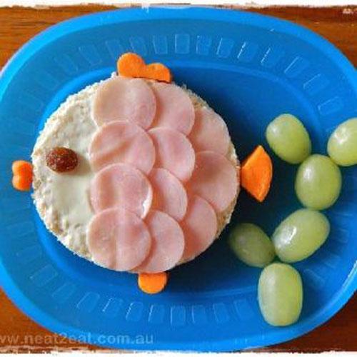 50+ Kids Food Art Lunches - Fish Veggie Sandwich