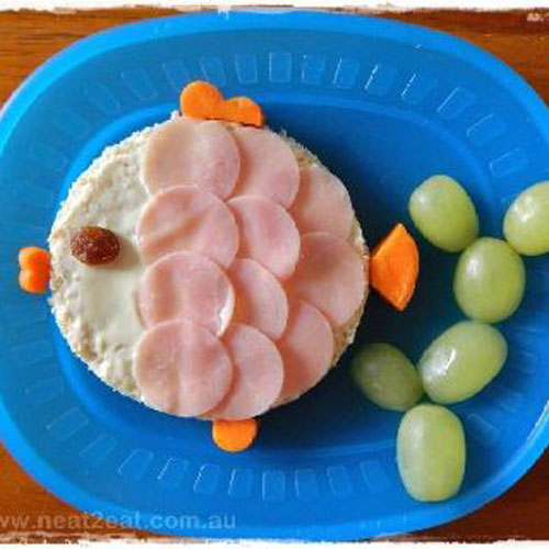 50+ Kids Food Art Lunches - Fish Veggie Sandwich