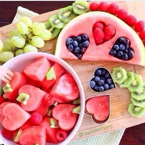 30+ Healthy Valentine's Day Food Ideas - Valentine's Fruit Salad