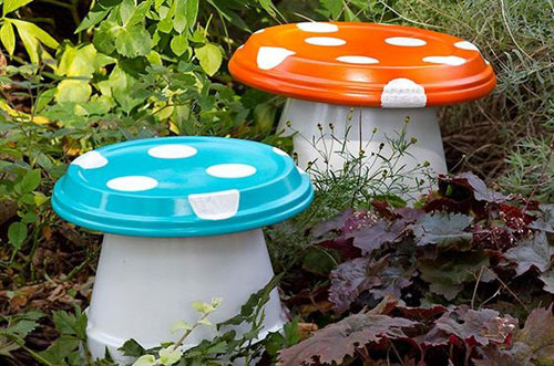 20 Best DIY Garden Crafts - DIY Garden Mushrooms