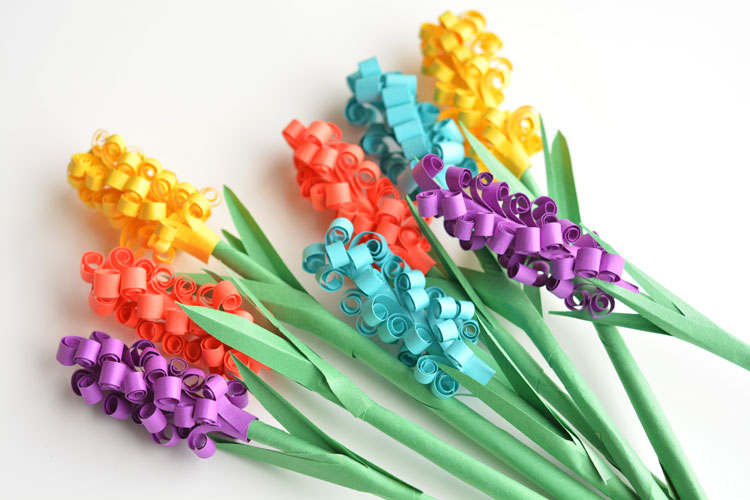 How to Make Paper Hyacinth Flowers These paper hyacinth flowers are easy to put together and make a gorgeous  DIY bouquet
