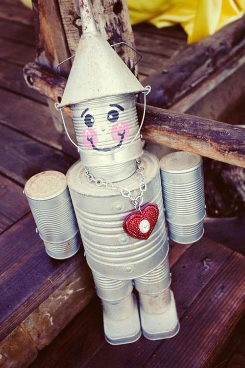 20 Best DIY Garden Crafts - Garden Tin Man