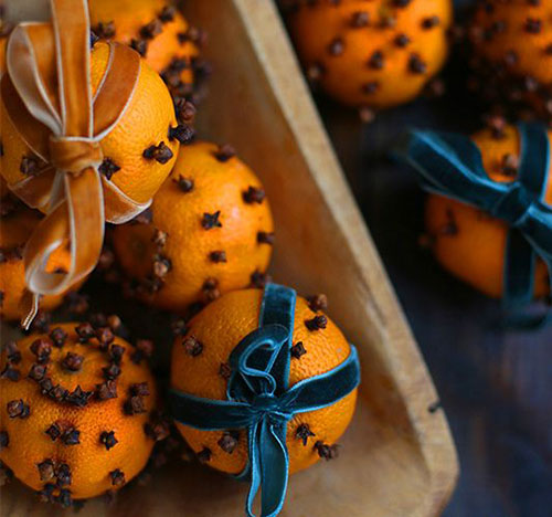50+ Best Recipes for Fresh Clementines - Clementine Clove Pomander