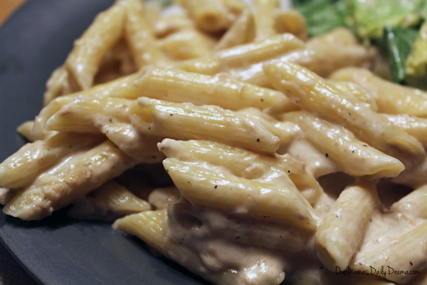 Tuna alfredo 3 ways | from One Mama's Daily Drama --- Easy recipe with variations