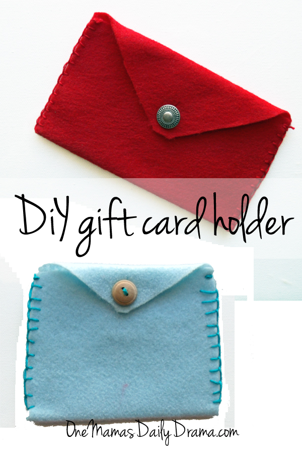 DiY gift card holder | One Mama's Daily Drama --- Make a felt envelope to hold a gift card or cash. Part of the 12 weeks of handmade Christmas gifts series.