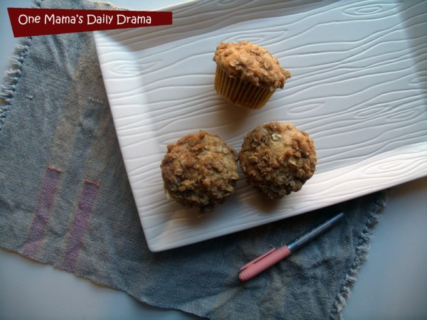 Peach cobbler muffins for #BICMerryMarking with #PeachParfait | One Mama's Daily Drama