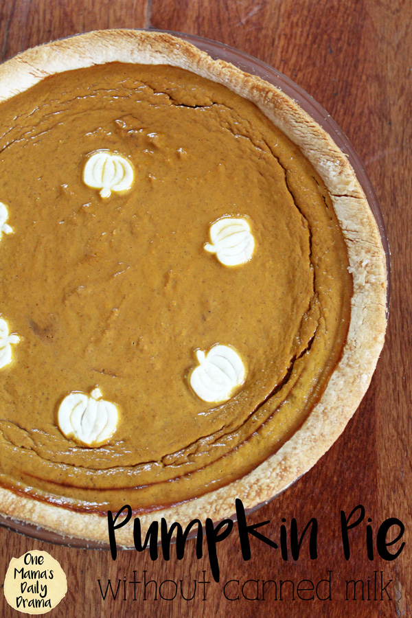Pumpkin pie recipe | One Mama's Daily Drama --- This recipe is so good! It's made with regular milk instead of evaporated or sweetened condensed milk.