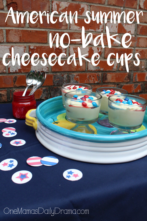 These American summer no-bake cheesecake cups by OneMamasDailyDrama.com are so pretty! With just 6 ingredients and 30 minutes, you can have a dessert to impress guests at any summer gathering. #SkittlesAmericaMix #tastetherainbow #ad