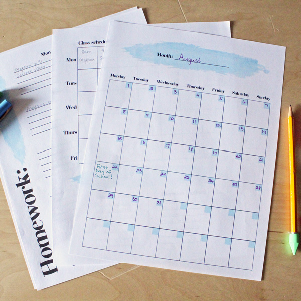 10 ways to help your teen get organized for school