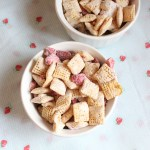 Strawberry lemonade chex mix muddy buddies recipe