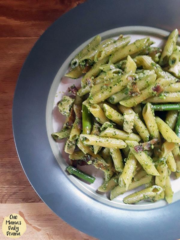 chicken asparagus pesto pasta with bacon