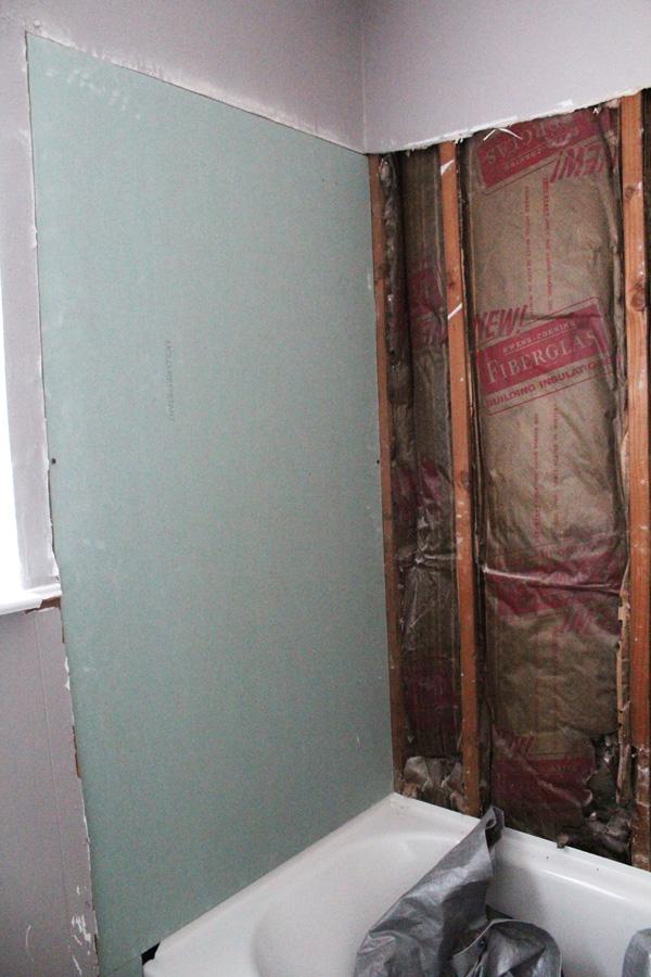 bathroom surround sheetrock left side