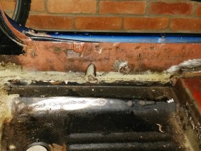 left side sill