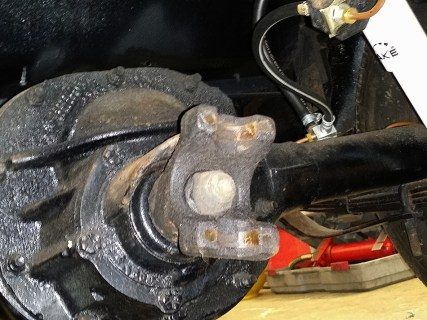 exposed braket to diff
