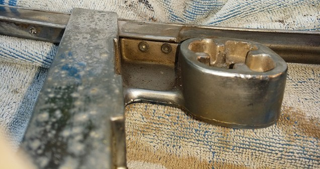 bottom rivets