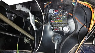 fuse box mounted