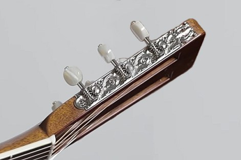 Martiin 000-30 Authentic 1919 30 tuner plate