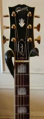 Gibson SJ-200 Ebony Limited fret markers
