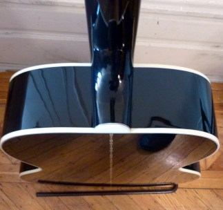 Gibson SJ-200 Ebony Limited heel