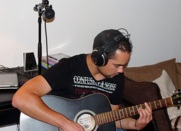 Enregistrer la guitare acoustique - technique B