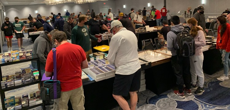 Record crowd at the September Madison Card Show