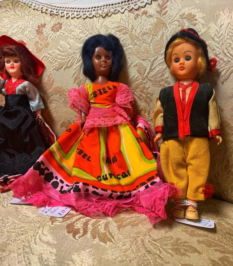 Vintage Dolls:  An Afternoon of Antiques in Snohomish, Washington