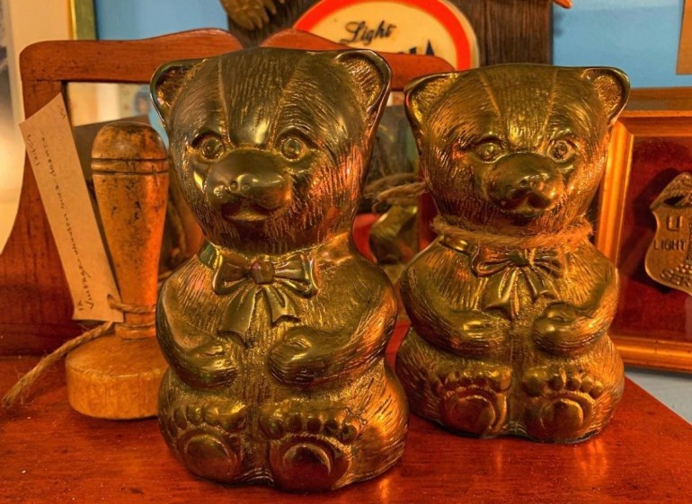 Golden Bears:  An Afternoon of Antiques in Snohomish, Washington