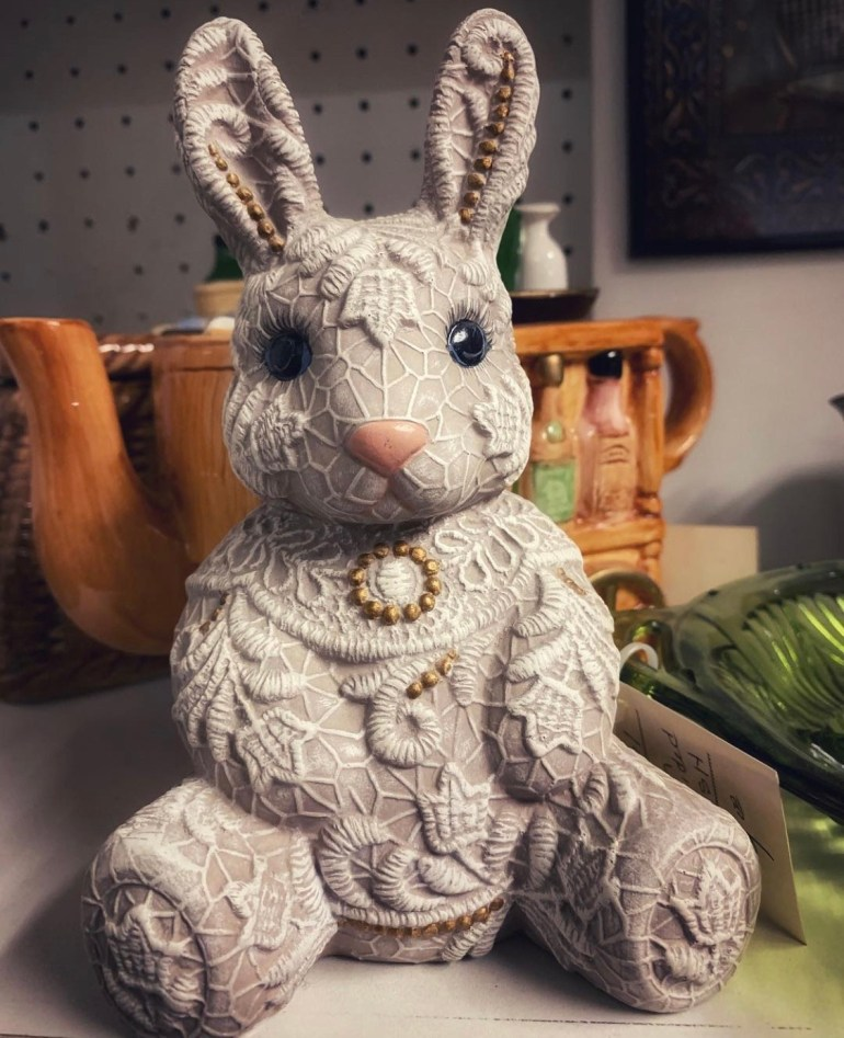 Lacy Bunny:  An Afternoon of Antiques in Snohomish, Washington