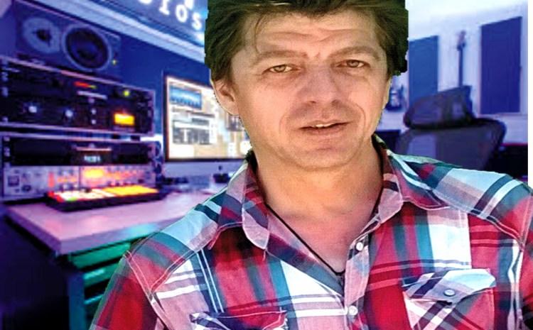 Δημήτρης Δανέζης – Παραγωγός – συνθέτης του πολυσυζητημένου ΜΑΝΑ ΜΟΥ ΕΛΛΑΣ τώρα στην SDM Production